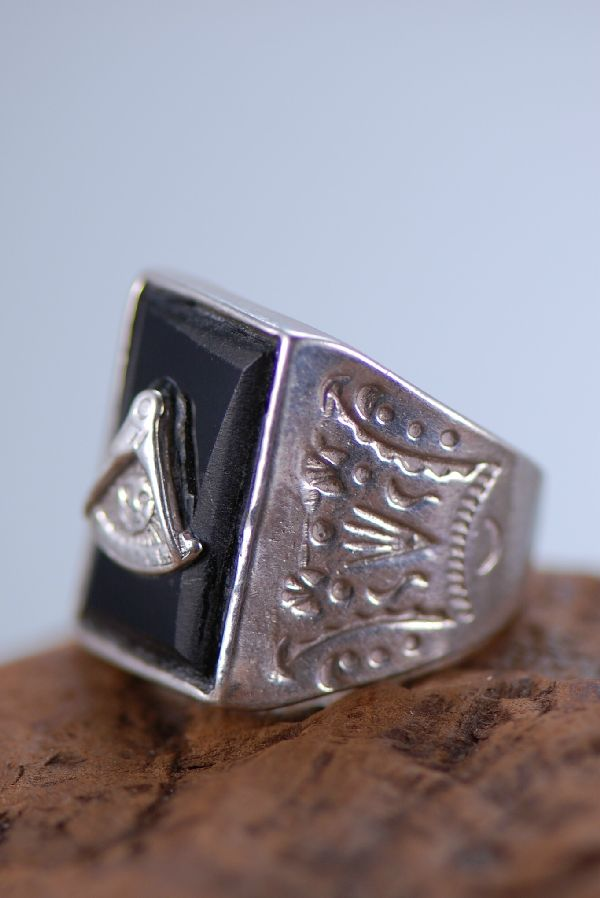 Navajo – Black Onyx Shriners Sterling Silver Man's Ring Size 8 1/2