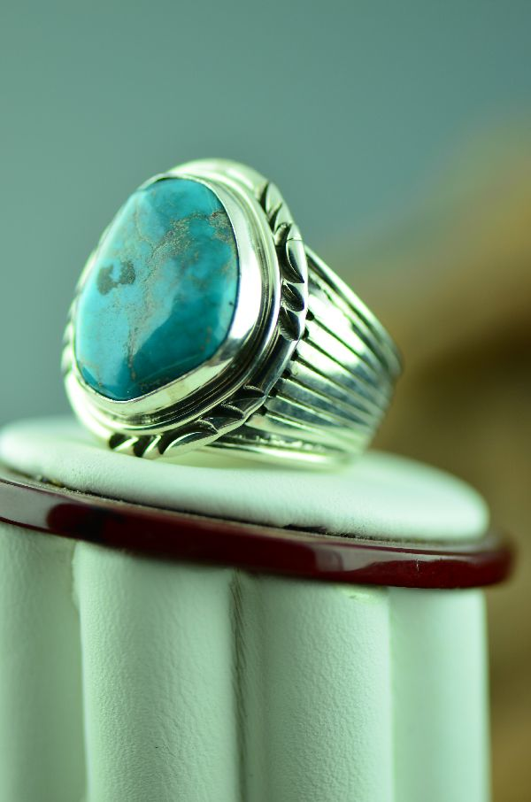 Navajo – Bisbee Turquoise Sterling Silver Ring Size 9