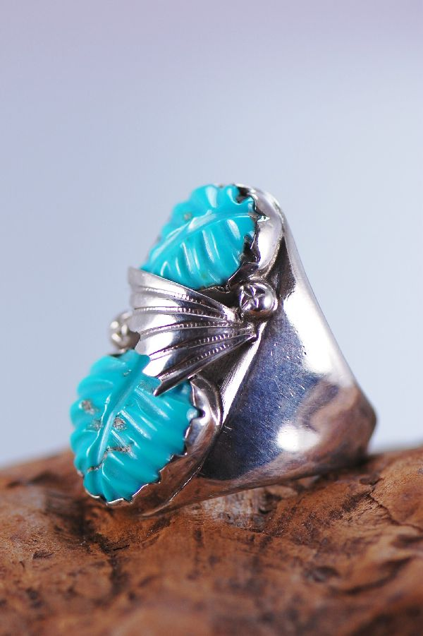 Zuni – High Quality Hand Carved Turquoise and Sterling Silver Man's Ring Size 11
