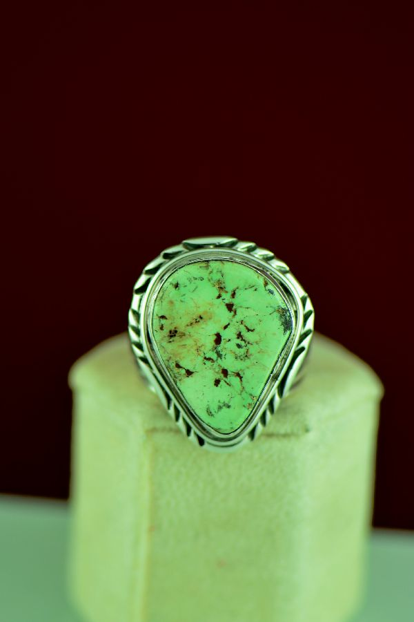Navajo – Sterling Silver Gaspeite Ring Will Denetdale Size 11