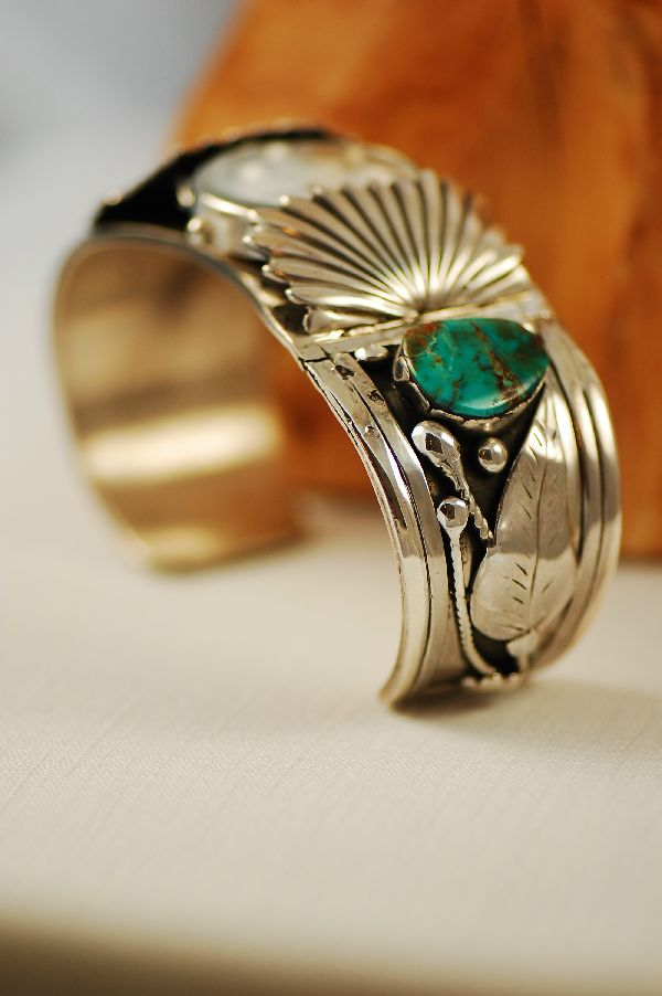 Navajo – Heavy Weight Old Pawn Royston Turquoise Sterling Silver Watch Bracelet