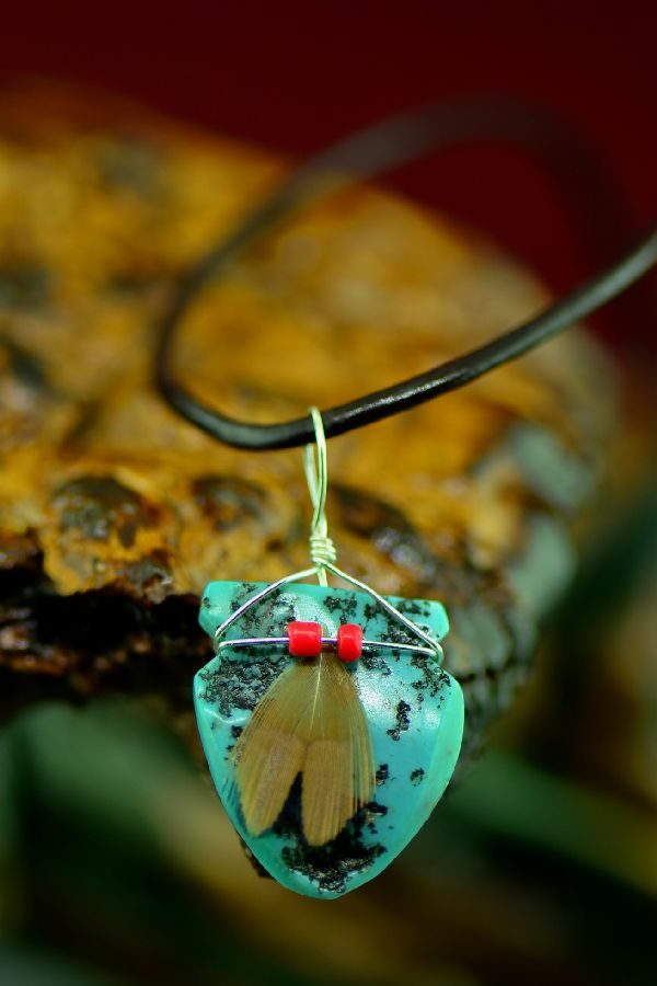 American Indian Kingman Turquoise Arrowhead Pendant