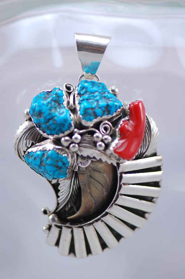 Navajo � 1970�s Circa Sea Foam Turquoise and Natural Black Bear Claw Sterling Silver Pendant (Private Collection)