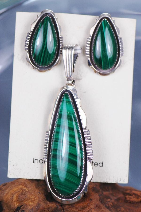 Navajo – Tear Drop Malachite Pendant and Earring Set by Will Denetdale