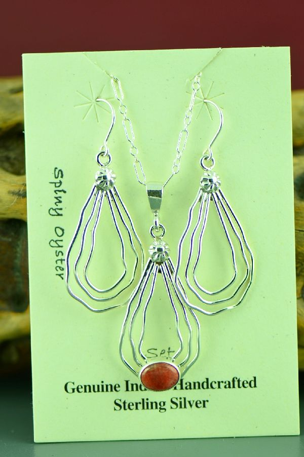 Murphy Platero Sterling Silver Spiny Oyster Pendant and Earring Set