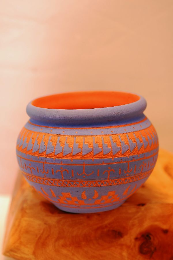 Navajo – Etched/Carved Pottery Vase by M. Louie