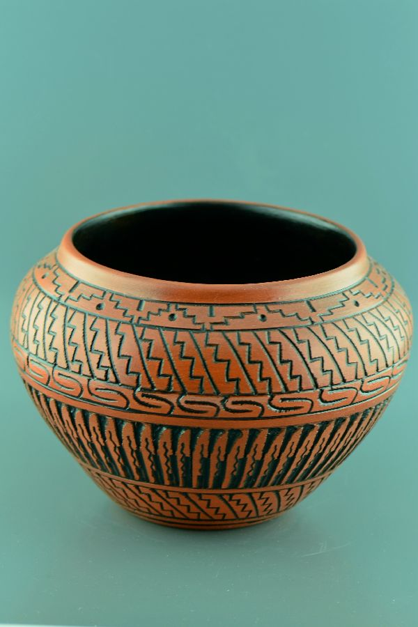 Navajo � Etched/Carved Pottery Vase by DeWayne and Heather Eskeets