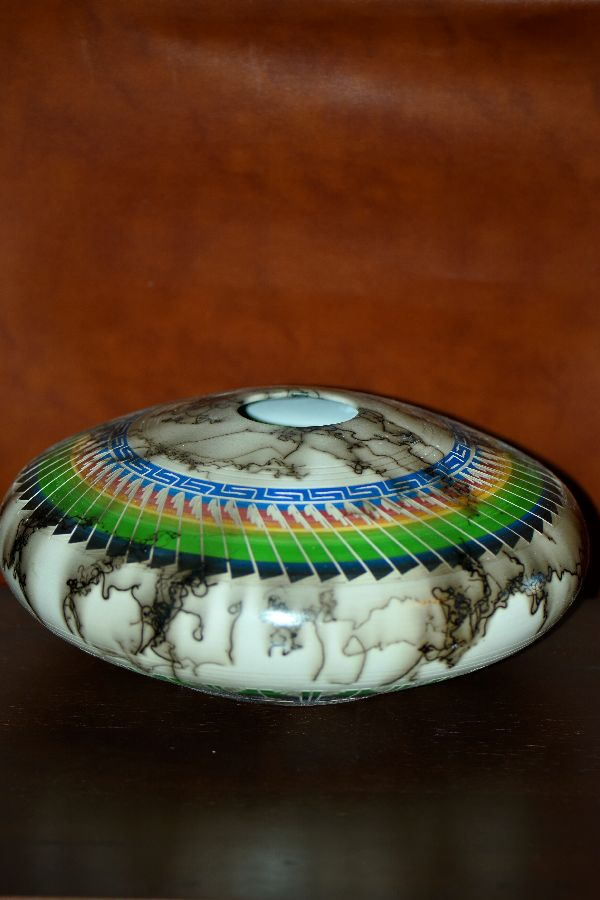 Navajo – Etched Horse Hair Pottery by Agnes Woods