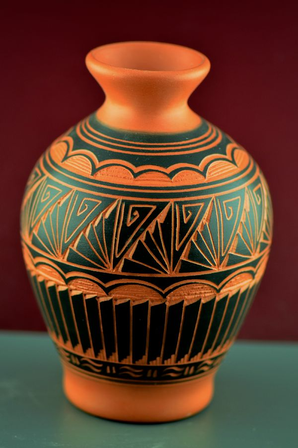 Navajo – Etched/Carved Pottery Vase by Gwen Etsitty
