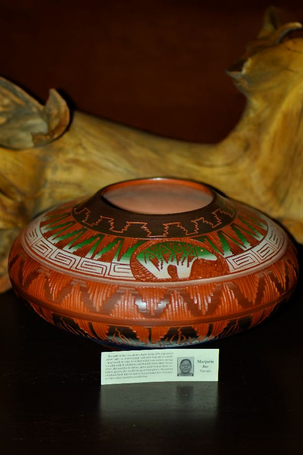 Navajo Hand Etched, Carved and Painted Pottery Vase with Bear by Marjorie Joe