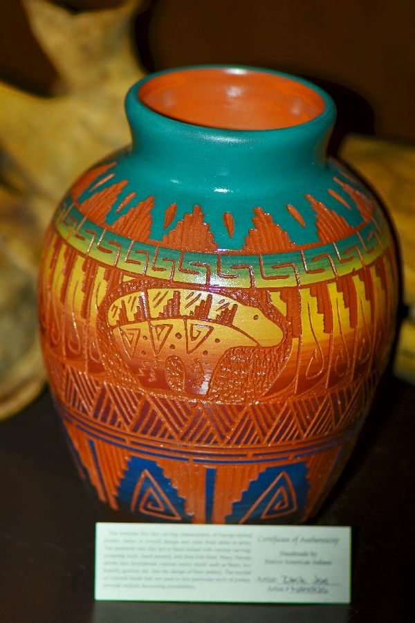 Navajo Hand Etched, Carved and Painted Pottery Vase with Spirit Line Bear by Izack Joe
