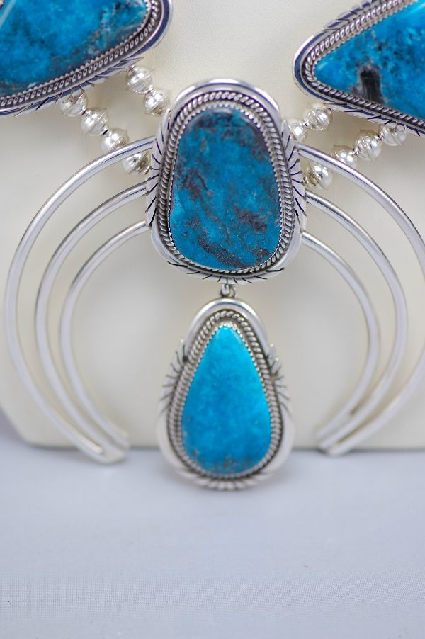 Navajo – Exquisite Nakasari Turquoise Squash Blossom Necklace by Jimmie Lee